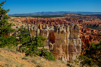 White Cliffs in Bryce Canyon